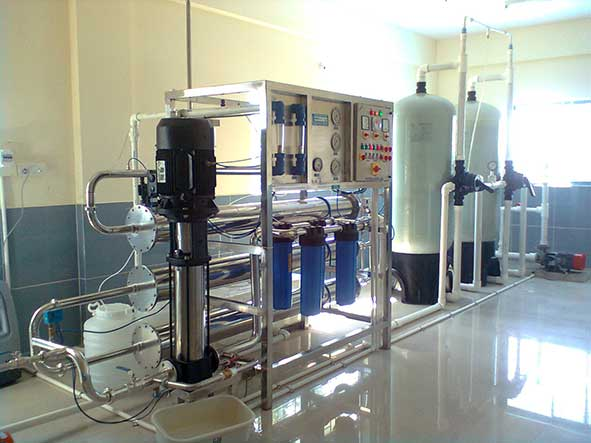 قیمت خط تولید آب آشامیدنی دستگاه تصفیه آب معدنی قیمت